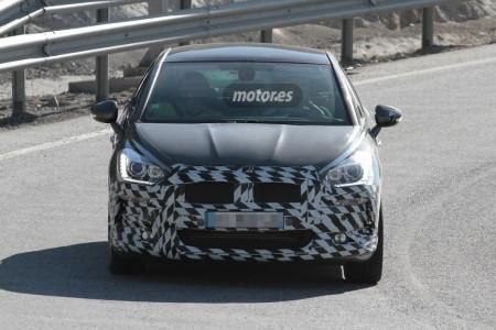 El Citroën DS5 prepara un restyling