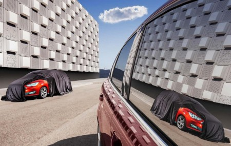El Ford C-MAX 2015 se muestra tímidamente