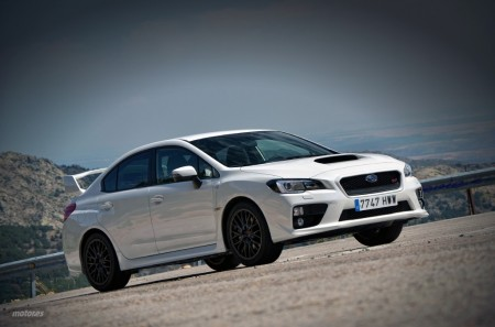 Subaru WRX STi: Exterior e interior (II)