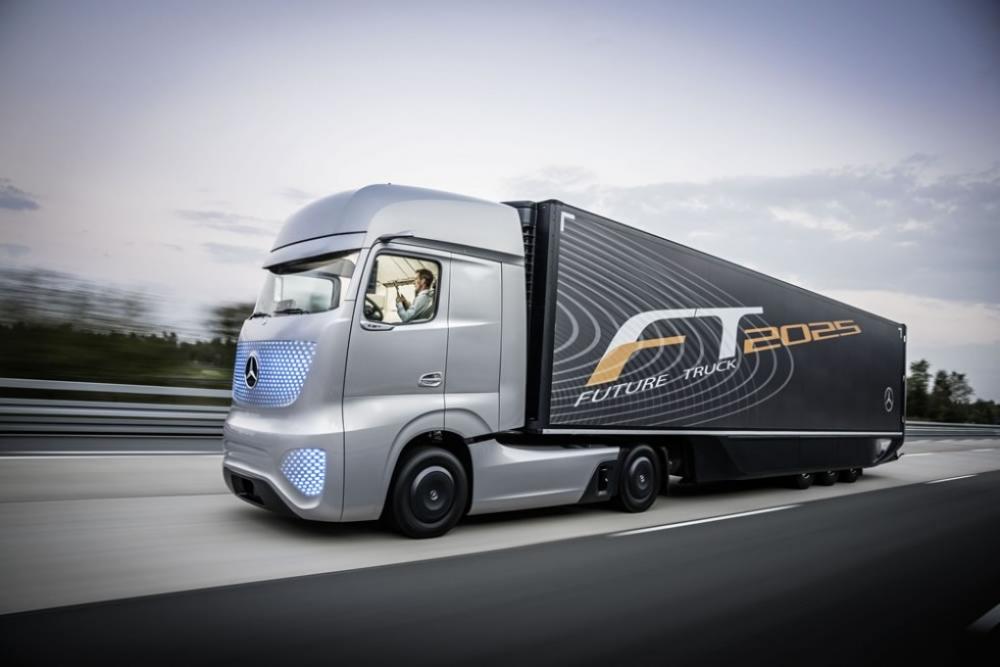 Conducción autónoma: el camión del futuro según Mercedes-Benz