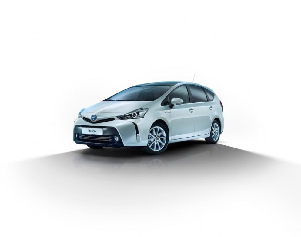 Toyota Prius+ 2015, llega el restyling al monovolumen híbrido