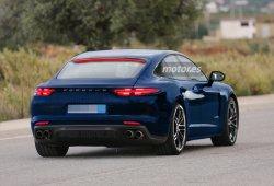 2016 Porsche Panamera descubierto digitalmente