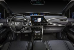Así es el interior del Toyota Mirai, el FCV de producción.