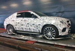 El Mercedes MLC AMG se deja ver en nuevas fotos espía, incluyendo su interior