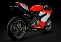 Ride presenta la Ducati 1199 Superleggera