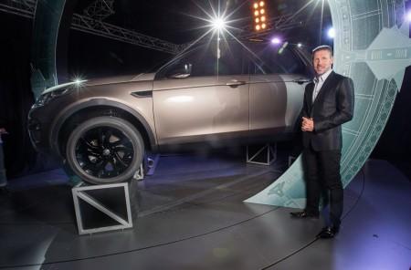 Simeone apadrina el nuevo Land Rover Discovery Sport en Madrid