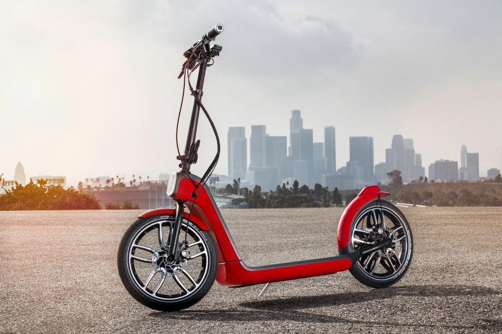 MINI Citysurfer, diversión con dos ruedas