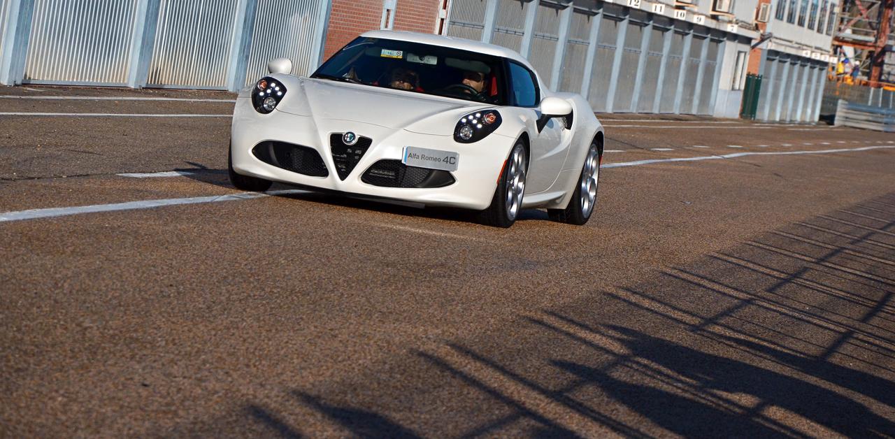 Alfa Romeo 4C, Giulietta QV y MiTo QV en el circuito del Jarama