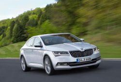 Skoda SuperB 2015: ¿Así es su aspecto final?