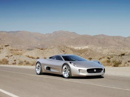 El rival de James Bond contará con un Jaguar C-X75
