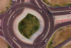 Se instalan las primeras 'turbo rotondas' en España (con vídeo)