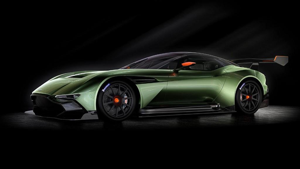 Aston Martin Vulcan, alcanzando nuevas cotas en circuito