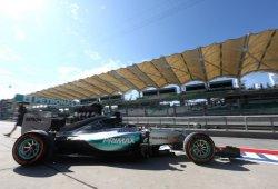Hamilton se resarce con el mejor tiempo de los segundos libres