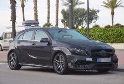 Mercedes A45 AMG 2016, el facelift del Clase A más feroz está en camino