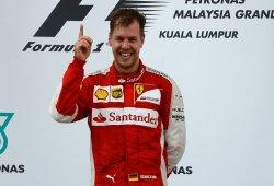 Vettel tras su primera victoria con Ferrari: ''Quiero emborracharme''