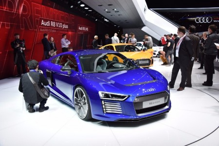 El Audi R8 e-tron 2015 desvela su peso, 1.840 kilogramos