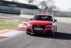 El Audi RS3 2015 tiene un precio de 59.800 euros