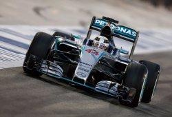 Hamilton conquista Bahrein y Räikkönen vuelve al podio