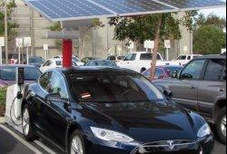 Se instalan en San Francisco estaciones de carga solar para vehículos eléctricos