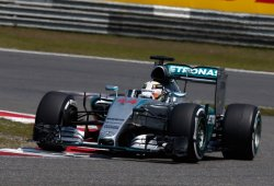 Hamilton reconquista Shanghái por cuarta vez