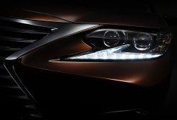 Primera imagen oficial del Lexus ES 2016, para China y Estados Unidos