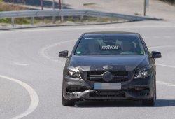 El Mercedes A45 AMG 2016 descubierto una vez más durante sus pruebas