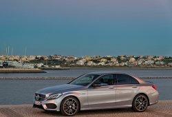 El Mercedes Clase C amplía su oferta mecánica
