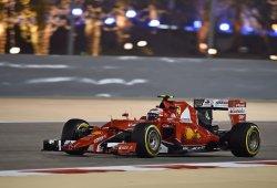 Kimi Raikkonen fue la estrella en la noche de Bahrein
