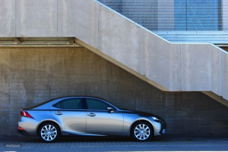 Prueba Lexus IS 300h: Exterior e interior (II)
