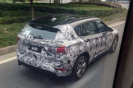 El BMW X1 2015 con batalla larga descubierto en China