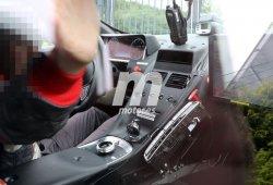 El Aston Martin DB11 nos muestra su interior, y hay sorpresa