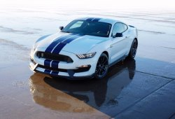 Los Ford Mustang Shelby GT350 y GT350r producen 533 CV de pura potencia americana