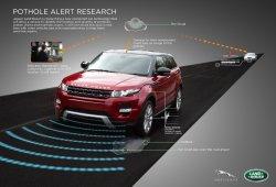 Jaguar Land Rover presenta su nuevo sistema automático de detección de baches