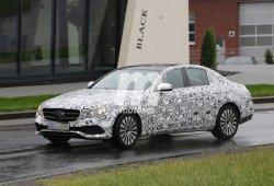 Mercedes Clase E 2016, el frontal se deja ver al descubierto