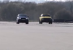 Range Rover Sport SVR vs Hennessey VelociRaptor, 1.100 CV sobre el asfalto