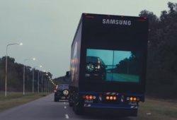Este remolque de Samsung quiere prevenir accidentes por adelantamientos