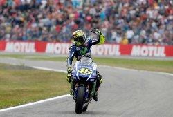 Valentino Rossi gana en Assen cortando la racha de Lorenzo
