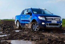 Argentina - Mayo 2015: Renault Kangoo y Ford Ranger asaltan el Top 10