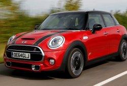 Reino Unido - Mayo 2015: La demanda de coches ecológicos se multiplica por cuatro en un año