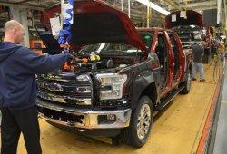 Estados Unidos - Mayo 2015: Las ventas del Ford F-150 se frenan por problemas de suministro