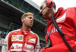 Vettel y Arrivabene defienden a sus mecánicos tras el fallo en el pit stop