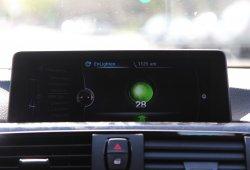 Basta de excusas al saltarte un semáforo, tu BMW te avisará el color de la luz