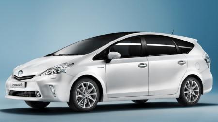 Toyota llama a revisión al Prius+ y Auris Hybrid para reprogramarlos