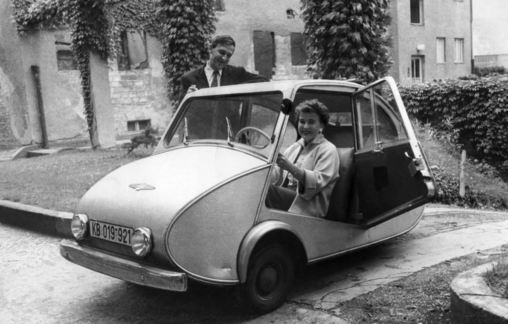 Fuldamobil, la pulga plateada