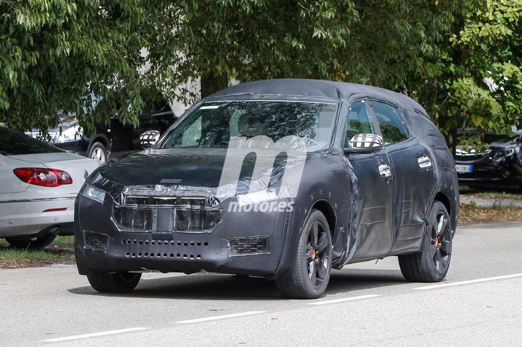 El Maserati Levante 2017 ya monta su carrocería definitiva