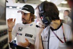 Ron Dennis confirma a Button, un nuevo sponsor y atiza a Alonso