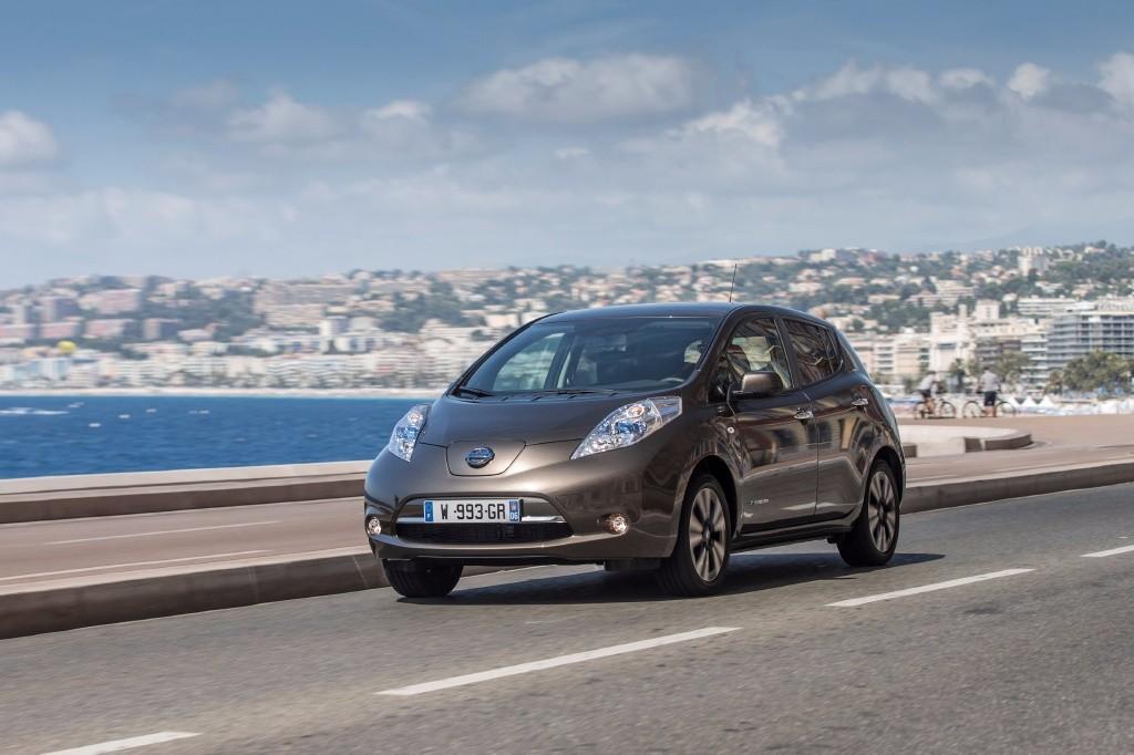 Nissan LEAF 30 kWh, autonomía ampliada hasta los 250 kilómetros