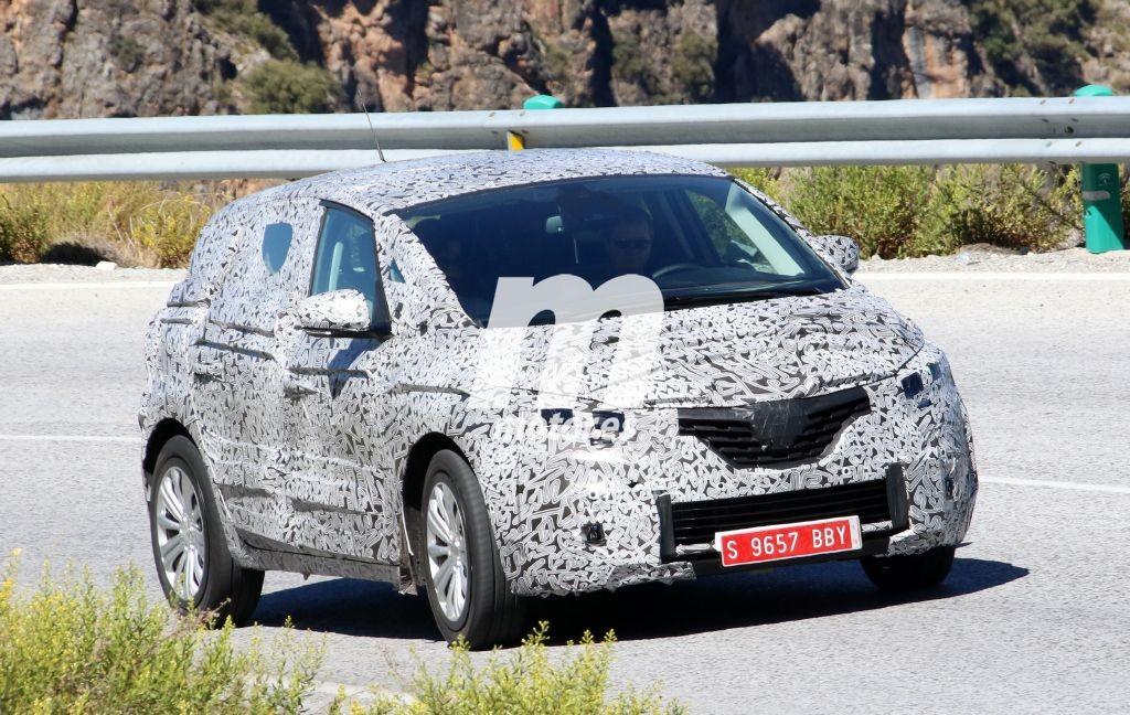 Renault Scénic 2016, primeras fotos espía con su nuevo aspecto