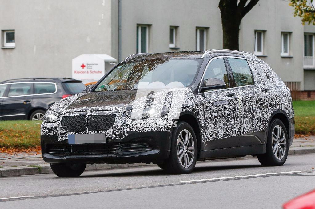 El BMW X1 de 7 plazas nos muestra más detalles de su exterior
