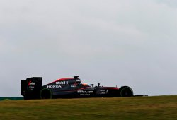 """Alonso: """"Solo McLaren puede batir en el futuro a Mercedes"""""""